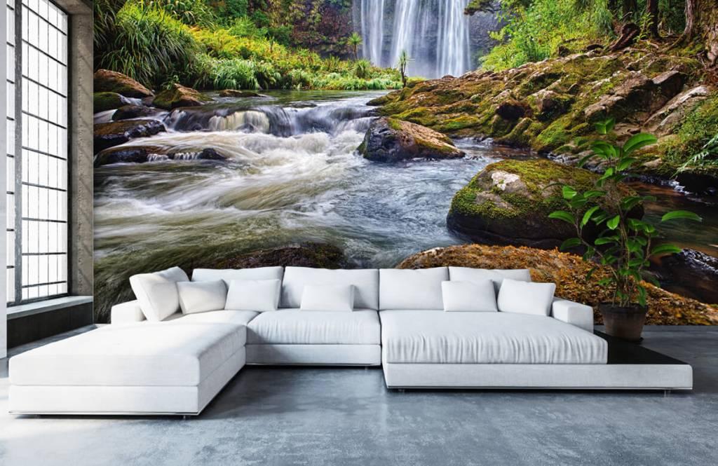 Watervallen - Waterval met stenen - Directie 8